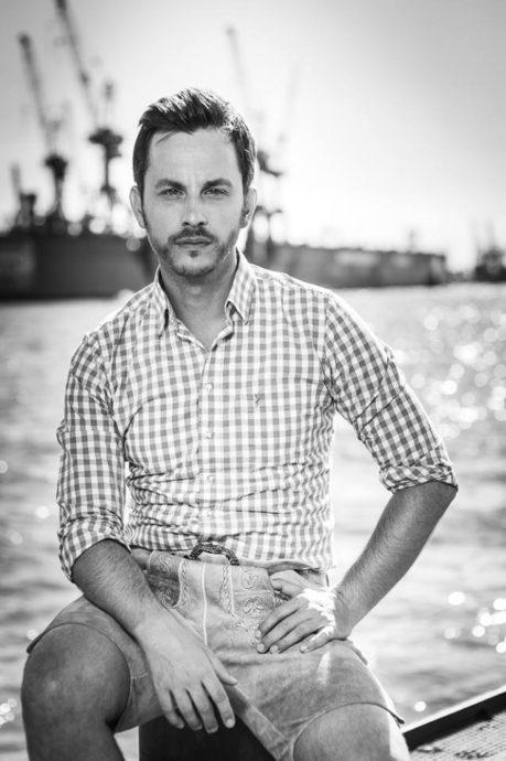 Tim Koller Hamburg Schauspieler Foto e1614194364347 Portraitfotografie Hamburg